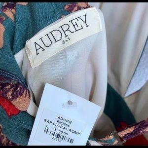 Audrey 3+1 floral romper